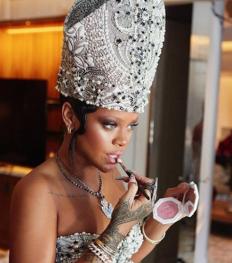 Rihanna zet de beautywereld (alweer) op z'n kop