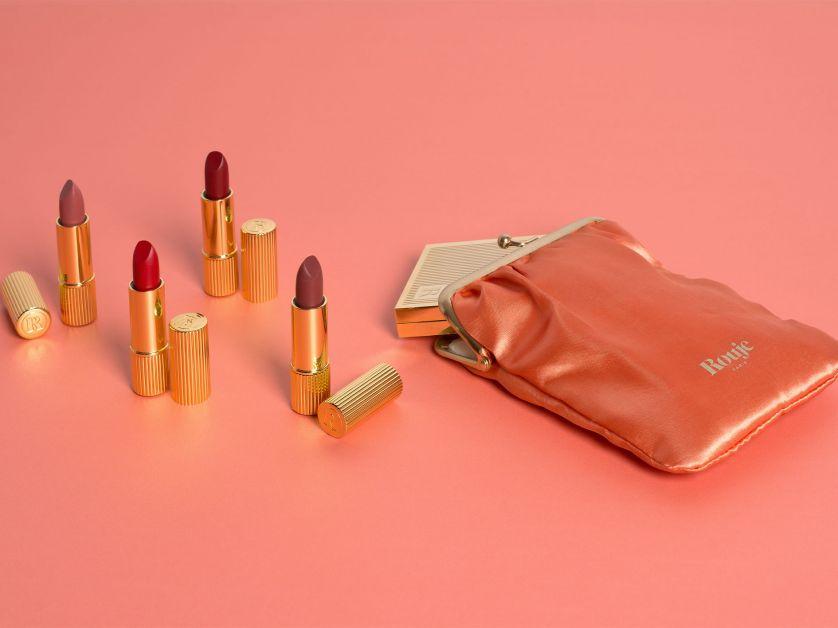 beauty make-up huid Parisienne lipstick oogschaduw goud cosmetics style skin