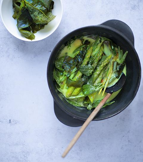Groentecurry met wakame-zeewier