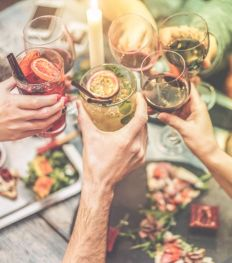 5 frisse en originele gin-cocktails om onmiddellijk uit te proberen