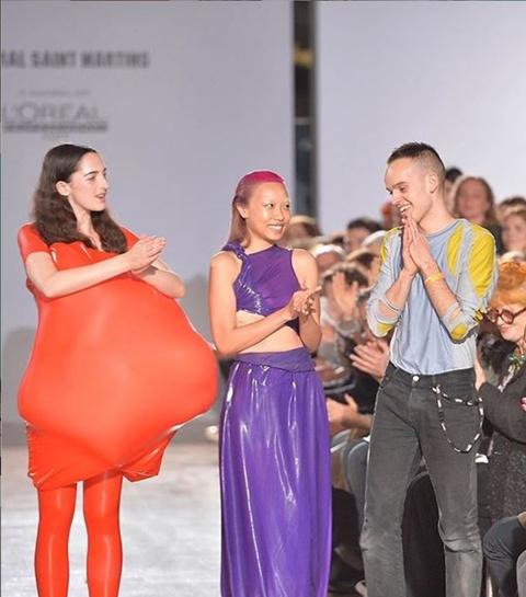 Deze waanzinnige jurken veroveren het internet