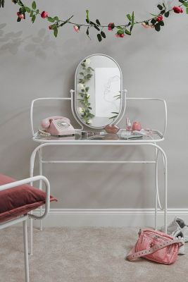 urban outfitters meubelen goedkoop