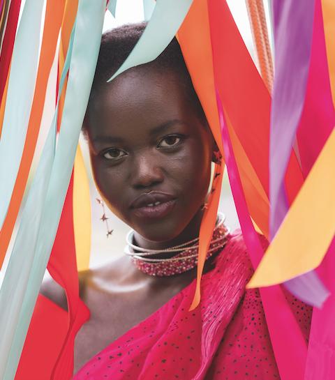 Topmodel Adut Akech: van vluchtelingenkamp naar catwalk