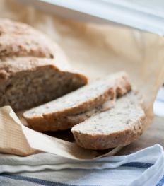 Zelfgebakken speltbrood