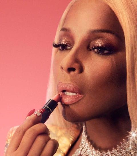 Interview: Mary J Blige vertelt over zelfliefde, tegenslag en haar favoriete lippenstift