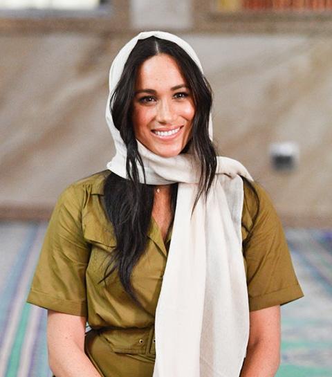 Een volledige overzicht van Meghan Markle's outfits in Afrika