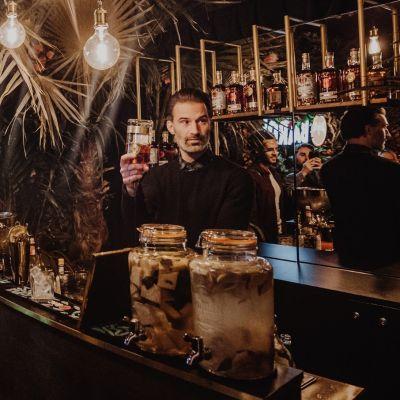 pop-up, kerst, rum, cocktail, geschenk