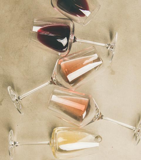 Met deze tips bestel je wijn als een pro (ook als je er niets van kent)