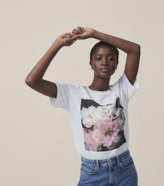 Zien: Helena Christensen ontwerpt en fotografeert voor H&M