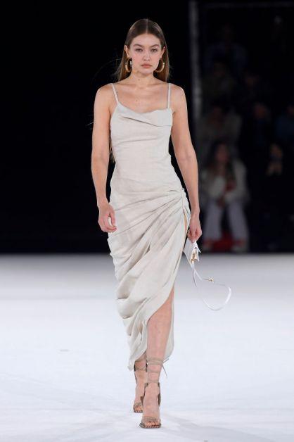 jacquemus collectie winter 2020 catwalk