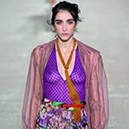 In afwachting van het Grote Modenummer krijg je in preview al een eerste blik op de trends voor de zomer.