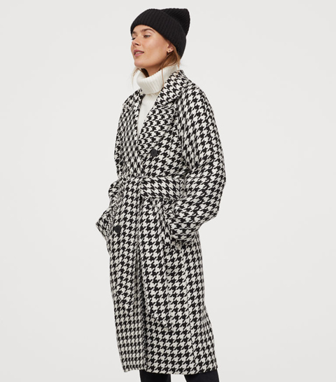 Pied-de-poule microtrend: dit is de jas die iedereen deze winter wil