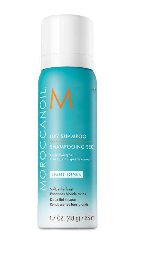 dry shampoo blond haar