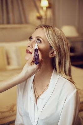 Black Rose Eye Contour Fluid_ Poppy delevingne (1)-min (1)