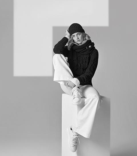 Knit Karl: brei je eigen trui naar ontwerp van Karl Lagerfeld