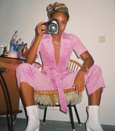 #herimageherstory: zelfportretten voor vrouwelijke solidariteit
