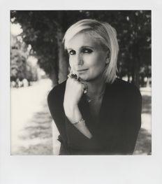 Dior Talks: een podcast met vrouwelijke artiesten over mode, feminisme en kunst