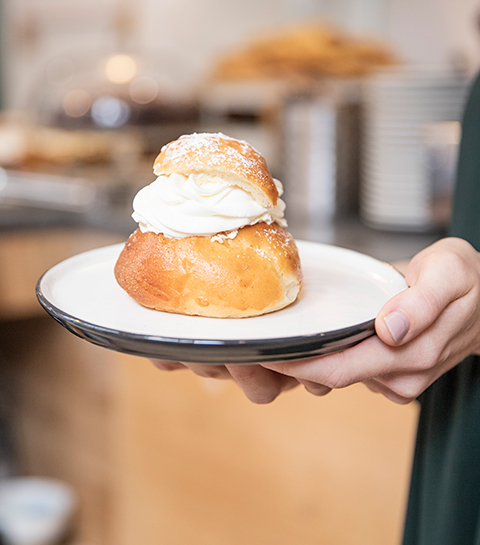 Semla, het Zweedse gebakje dat je snel eens moet proeven