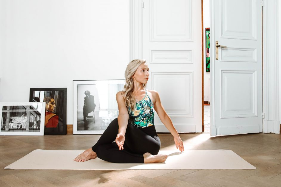 Celine Verbeeck - Half lord of the fishes pose