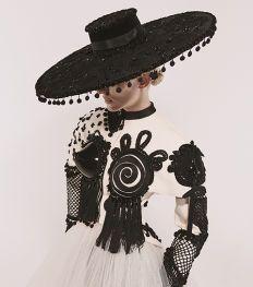 Paris Haute Couture Week: de mooiste looks om bij weg te dromen
