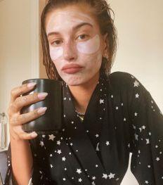 Hailey Bieber lanceert eigen beauty-, skincare- en wellnessmerk
