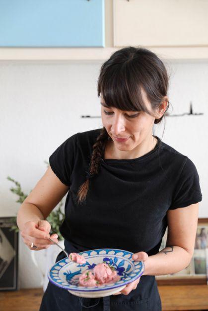 Recept: vegan aardbeienijs met kokosmelk van Aline Gérard - 2
