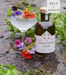 Gin en likeur van Maredsous, waar ze de kracht van planten in flessen gieten